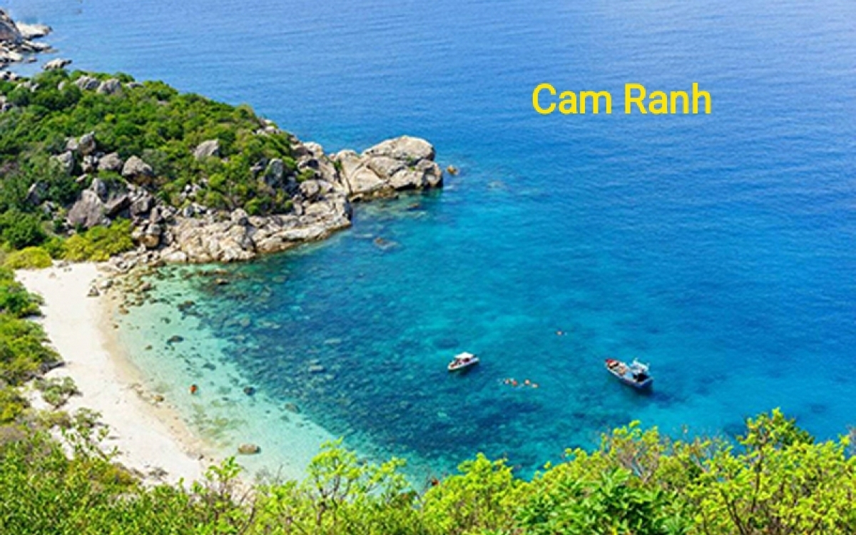 Sleeper bus from Hoi An to Cam Ranh